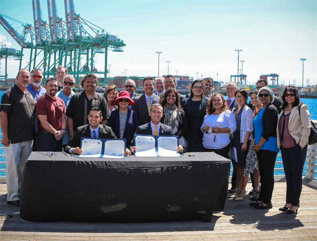 (Left) Long Beach Mayor Robert Garcia and L.A. Mayor Eric Garcetti