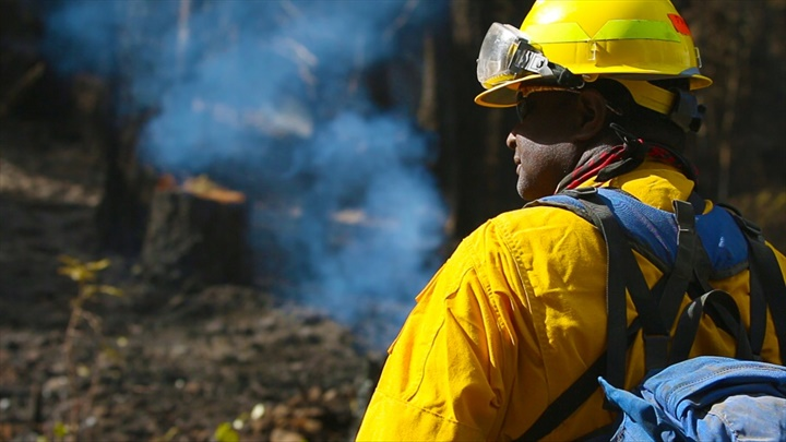A member of the Oregon National Guard firefighting team assigned to