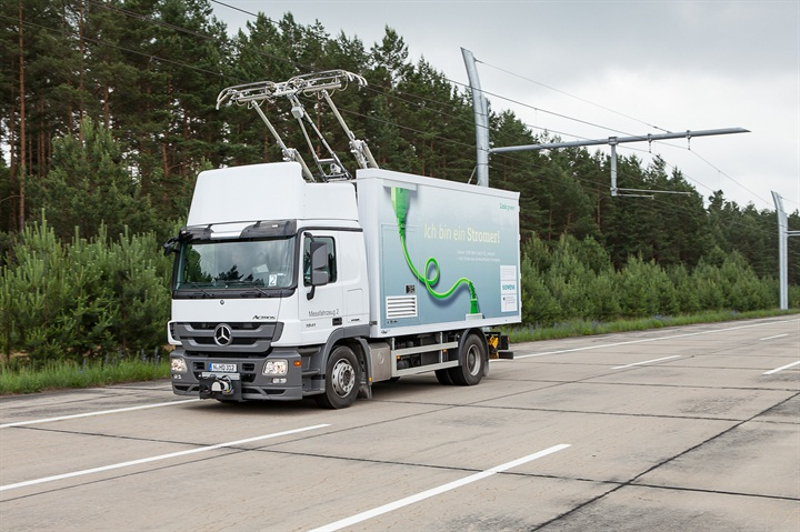 Siemens already is testing an e-highway system in Europe. Photo: