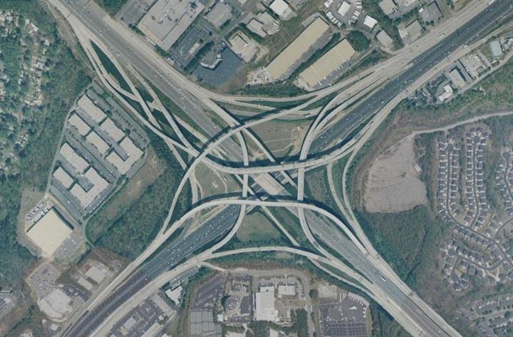 Atlanta s Tom Moreland Interchange. Public domain via Wikipedia.
