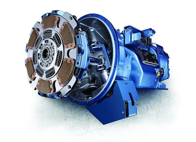 Kenworth now offers the 10-speed Eaton UltraShift Plus VAS
