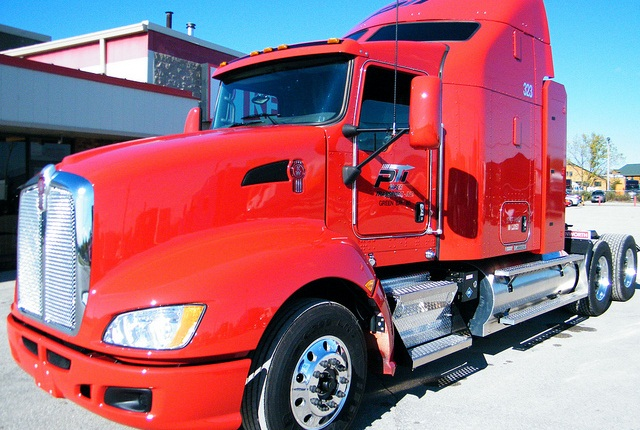 Paper Transport Inc. plans to replace 25% of its diesel-powered units in its 400-truck fleet with trucks running on CNG by the end of the year.