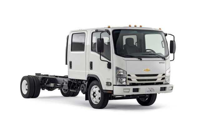 Photo of 2016 Chevrolet 4500 Low-Cab Forward truck courtesy of General Motors.