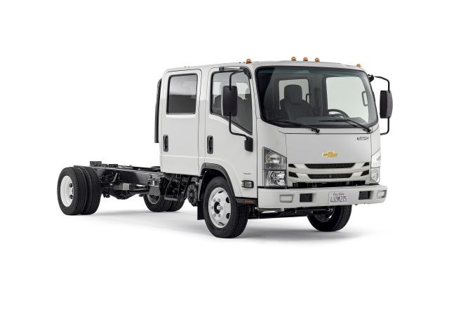 Photo of Chevrolet Low Cab Forward courtesy of General Motors.