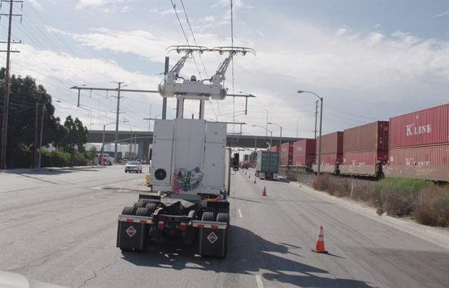 The mile-long catenary system runs on the north- and south-bound lanes of South Alameda Street from East Lomita Boulevard to the Dominguez Channel in Carson. Photo: Siemens