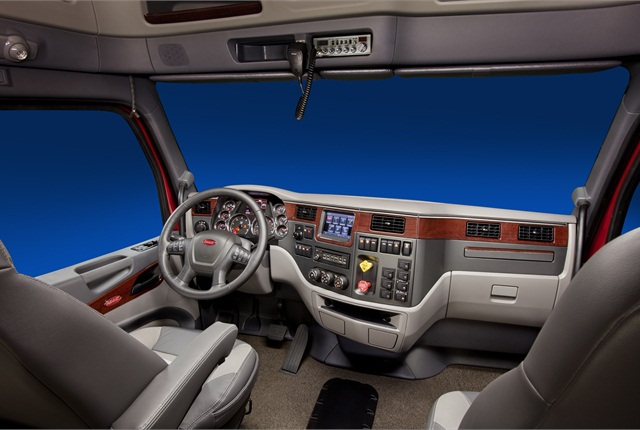Model 579 Platinum Cab Interior.