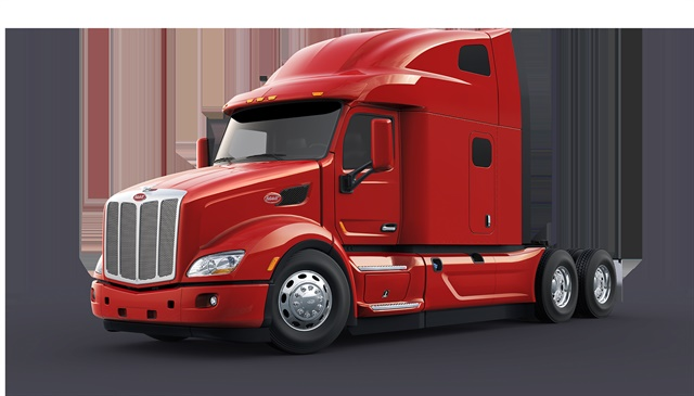 Peterbilt designed the UltraLoft to look like its popular Model 579 on-highway Class 8 truck, but also improved aerodynamics. Photo: Peterbilt