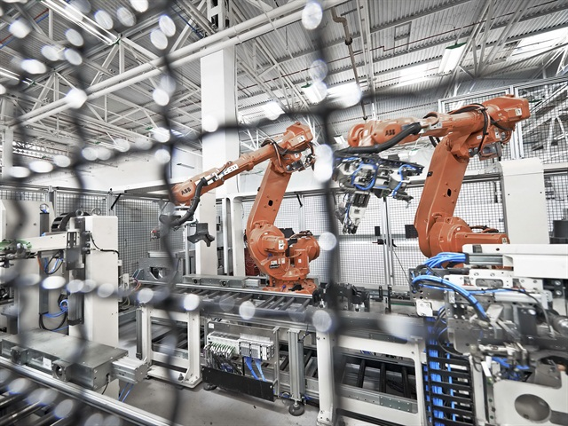 By increasing the use of robotics, Meritor has improved production efficiency and lowered plant operating costs.