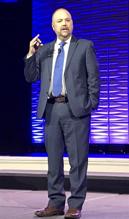ATA Chief Economist Bob Costello tells attendees at the Omnitracs Outlook 2018 user conference in Nashville that trucking should face smooth sailing over the next year or two. Photo: Jim Beach