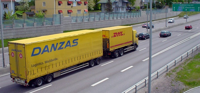 If more countries in Europe decided to follow Sweden's and Finland's example and allow truck rigs of up to 25.25 meters in length (83 feet) and 60 tons (133,000 pounds), one in every three semi-trailers on Europe's roads would no longer be needed.