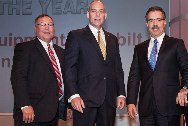 Members of Cervus Equipment Peterbilt accepting their award. Photo via Peterbilt