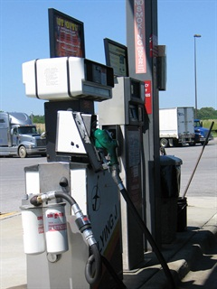 The weekly roundup from the U.S. Energy Department shows the price of diesel dropped 1.3 cents over the past week to $3.993 per gallon.