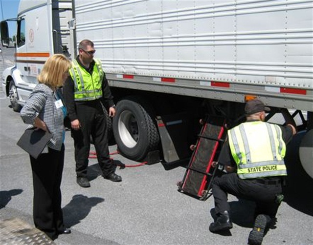 Trucking Groups Slam Fmcsa Approach To Safety Fitness Rule