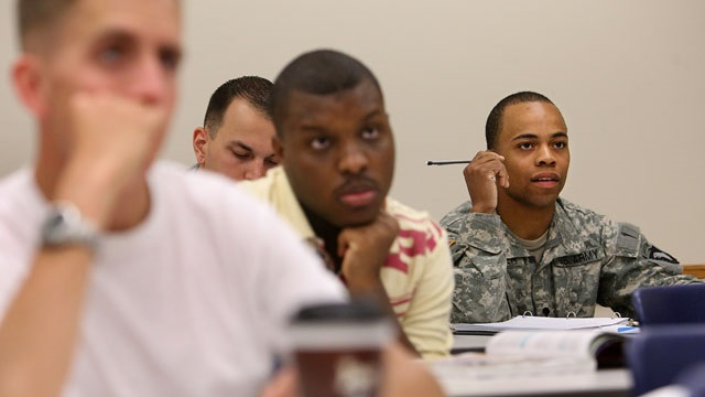 Vets taking part in classroom job training. Photo: U.S. DOT