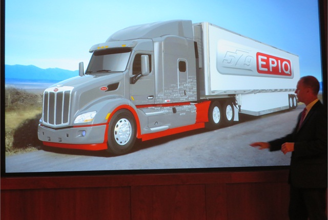 Chief Engineer Scott Newhouse explains how the aerodynamics used on the SuperTruck were improved for the Model 579 Epiq in order to make them more easily serviceable.
