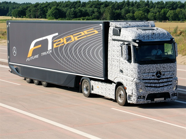 Daimler Trucks' Future Truck 2025, disguised in black and white adhesive foil, obscuring the exterior contours. (PHOTO: Daimler Trucks)