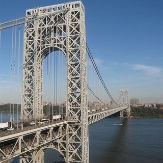 The George Washington Bridge is one of the bridges and tunnels affected by the rate hike. (Photo: John O'Connel via Wikimedia Commons)