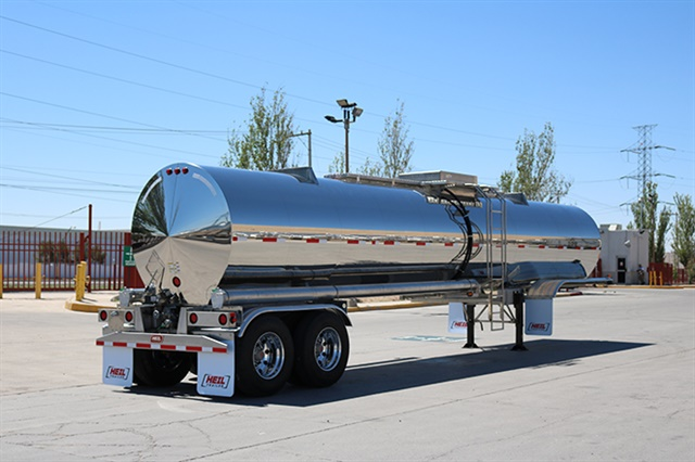 Heil Stainless Steel trailer. Photo via Heil Trailer