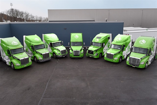 Hyliion is offering free, week-long trials of trucks equipped with its 6x4HE hybrid electric axle for fleets that are interested in the technology. Photo: Hyliion
