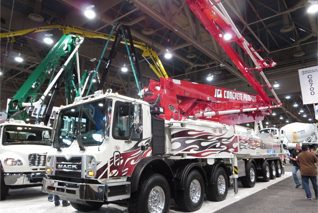 Mack MR TerraPro has seven axles, three powered and several actively steered. Photo by Tom Berg