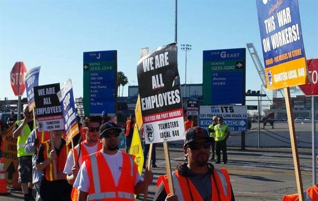 Photo via Justice for Port Drivers