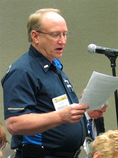 Brent Quire, a Con-way Freight driver and trainer with 38 years of experience and more than 2 million accident-free miles, gives the panel information on Con-way's driver training school.