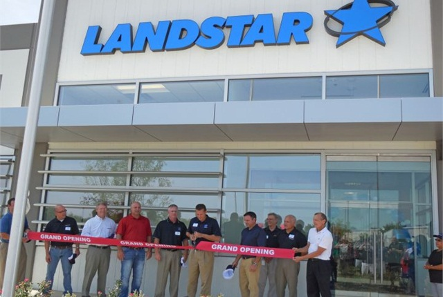 Photo of the ribbon-cutting ceremony at Landstar's facility in Dallas-Ft. Worth metroplex. Photo courtesy of Landstar.