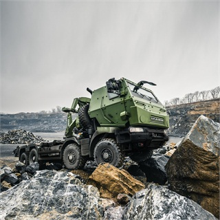 "Canadian military will get more than 1,500 ""medium"" 8x8 trucks in various configurations, including cargo, crane, load handling and mobile repair."