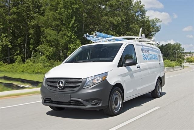 Photo of Mercedes-Benz Metris mid-size van courtesy of MBUSA.