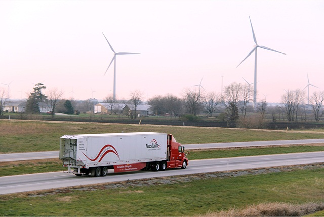 TrailerTail's panels fold out to reduce air drag and save fuel. Photo via ATDynamics