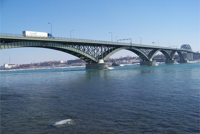 The Peace Bridge near Buffalo, N.Y. Photo via Wikipedia commons user Óðinn