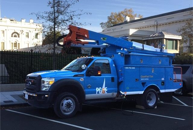PG&E/Efficient Drivetrains Inc. Electric Hybrid bucket truck: Photo via PG&E