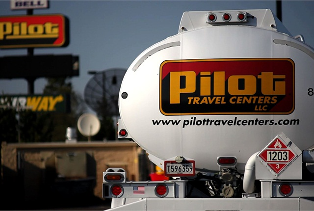 Pilot Flying J has been accused of bilking some trucking companies out of their fuel rebates.