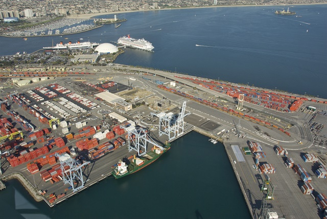 Clean Energy will provide specialized clean fuel programs for the Ports of Los Angeles and Long Beach, above, as the latest part of the Clean Air Action Plan is adopted. Photo via Dave Proffer/Wikimedia
