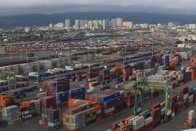 Oakland Port Tests Sensors to Measure Wait Times