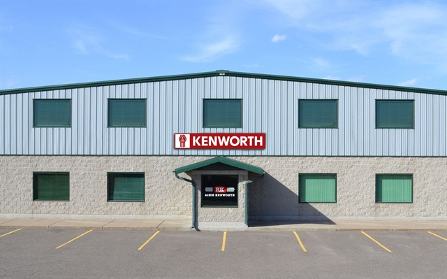 The Rihm Parts and Service facility in St. Elmo, Minn. Photo: Rihm Kenworth