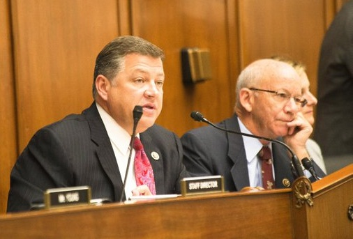 House T&I Committee Chair Bill Shuster (left) and Ranking Member Peter DeFazio at markup of long-term highway bill on Oct. 22. Photo: House T&I Committee