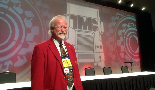 Past TMC Chairman Kevin Tomlinson prepares for a session at the 2015 TMC meeting. HDT File Photo