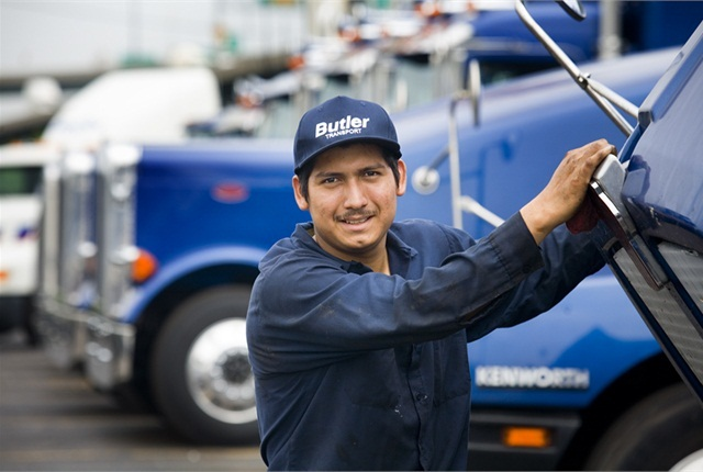 Bill would let states jointly study lowering the CDL age requirement for interstate truckers. Photo: Haldex
