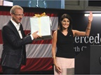 South Carolina Gov. Nikki Haley (right) presents a gift to Volker Mornhinweg, Head of Mercedes-Benz Vans. Photo: Paul Clinton