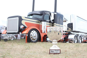 John O'Keefe won Best in Show with his 2007 Peterbilt 379 EXHD Legacy at the 30th annual Shell Rotella SuperRigs competition.