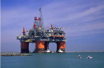 The Thunder Horse platform taps an oil and gas reservoir that lies some 3 miles beneath mud, rock and salt, topped by a mile of ocean.