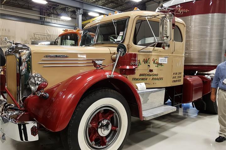 1950 To 1965 Mack Trucks : Mack lft this truck left the factory on dec