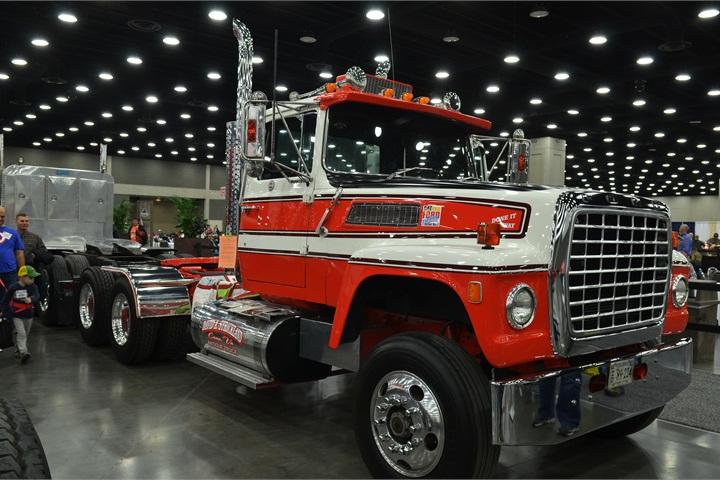 Ford Trucks Autos Post