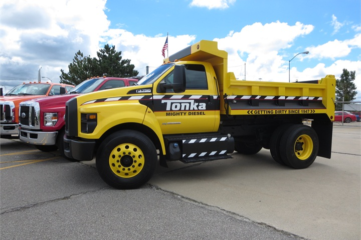 ford plant celebrates f 650750 rollout - Mighty Ford F 750 Tonka