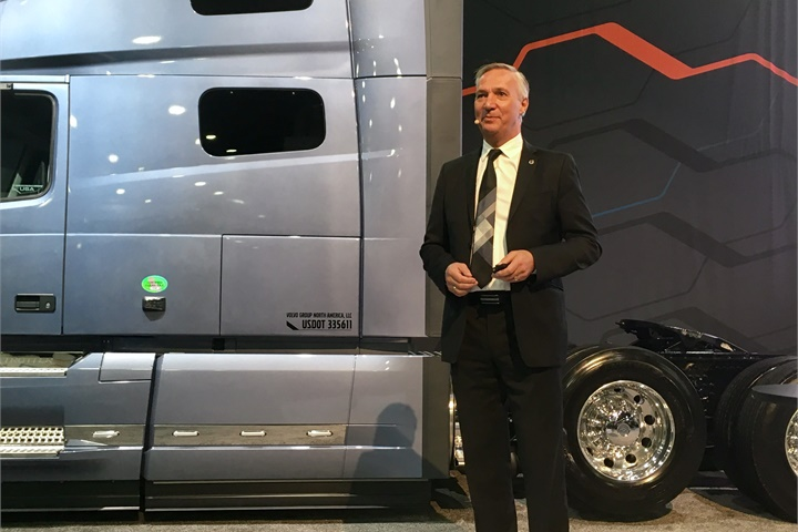 Volvo Trucks North America President Göran Nyberg kicked off the