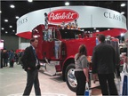 Don't let anyone tell you that the classic-styled trucks are dead. Peterbilt's Model 389 drew crowds all weekend, as did Western Star and Kenworth with their long-nose models.