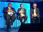 Mobileye s Dan Galves (center) expects to see fully autonomous (Level