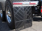 AeroFlap Accommodates Wide-Base Tires