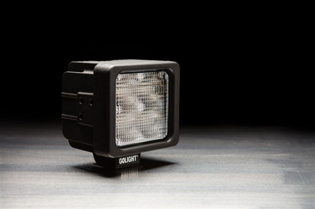 Compact GXL Work Light Designed for Brightness